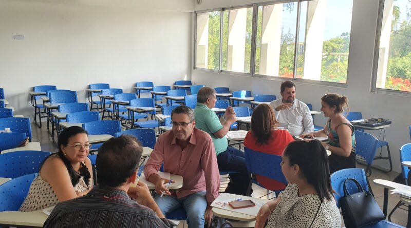 Fade-UFPE promove oficina interdisciplinar sobre ensino, pesquisa e extensão